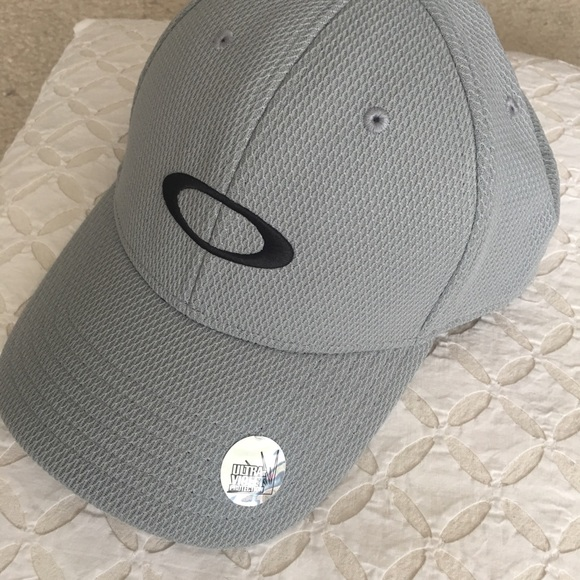 pretty nice e4ba1 2b479 Mens Oakley Golf Ellipse Hat